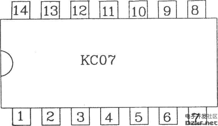 可控硅过零触发器KC07能使双向可控硅的开关过程在电源电压为零或电流为零的瞬间进行触发。这样,负载的瞬态浪涌电流和射频干扰最小,可控硅的使用寿命也可以提高。该电路可作单相或三相电机和电器的无触点开关。适用于电感性负载的过零触发及感性负载的调功触发。KC07可采用自生直流稳压电源,也可以采用外接电源。 电参数如下: 电源电压: a.外接直流电压 (12~16)V。 b.自生直流电源电压: (12~14)V。 电源电流:≤l8mA。 零检测输入端最大峰值电流:10mA。 输出脉冲: a.脉冲幅度:&gt