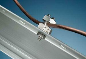 泰科接地连接器的电子六角螺母设计确保与太阳能板的可靠连接 图